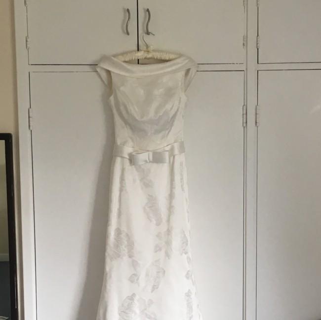 Alan Hannah Sorrento Used Wedding Dress On Sale 78% Off