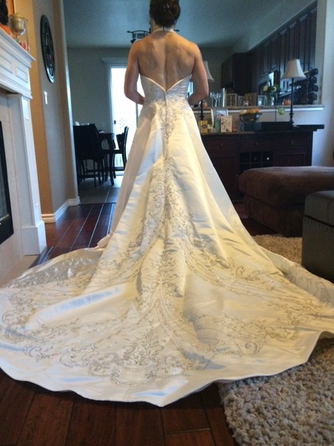 Wedding dresses in Cotati