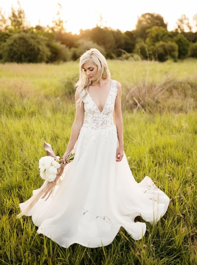 De LA Vida Bridal Couture Daffodil