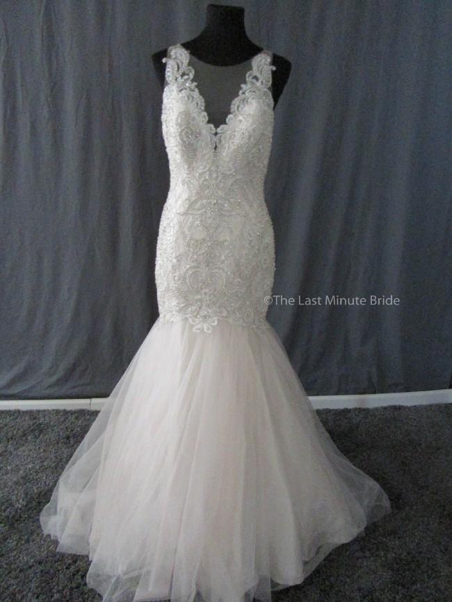 Allure Bridals, C402