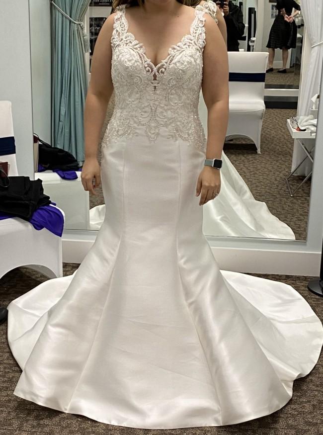 Allure Bridals 9465