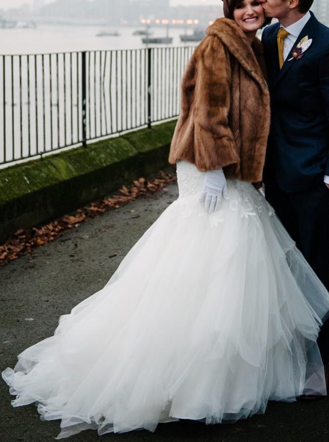 1270ecdb1c51 Oleg Cassini CWG737 Second Hand Wedding Dress on Sale 46% Off ...