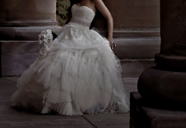 b6b0396d221b Vera Wang Vera Wang Eliza Wedding Dress Preowned Wedding Dress on ...