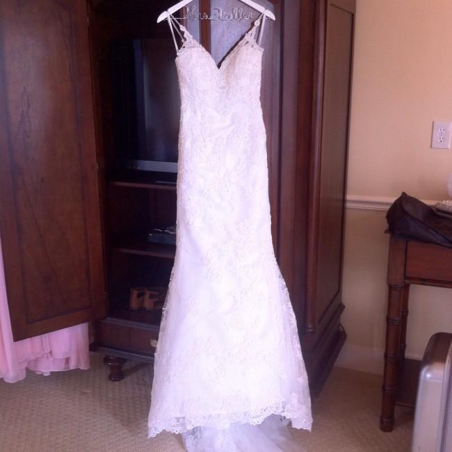 Casablanca Bridal 212105