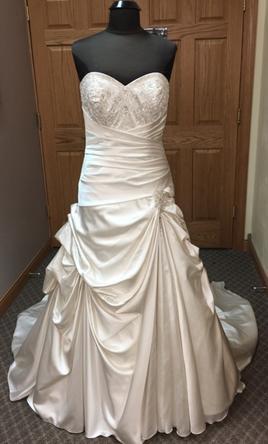 Allure Bridals 8683