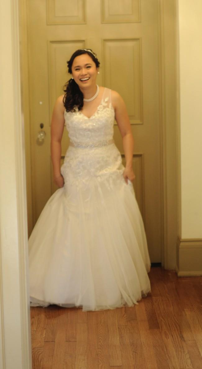 5fc1c77a3cd40 Sincerity Bridal 3858 Second Hand Wedding Dress on Sale 62% Off ...