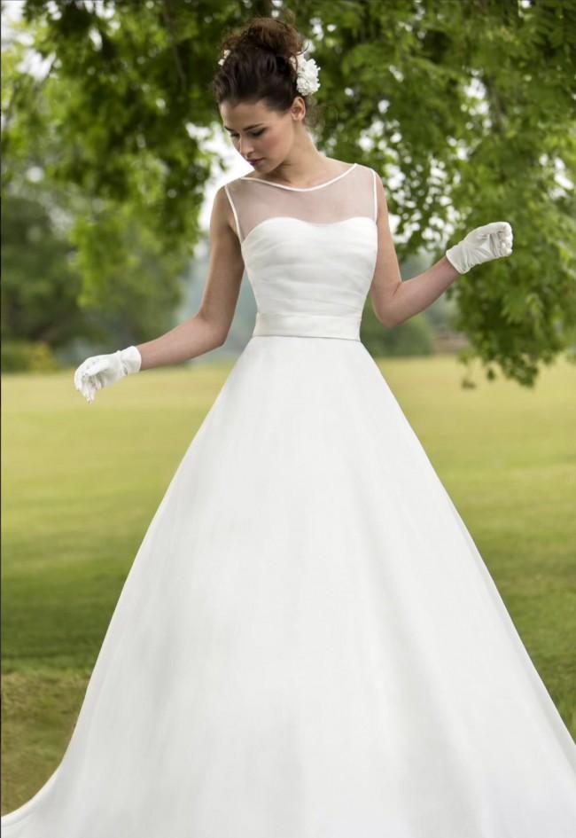 True Bride W126