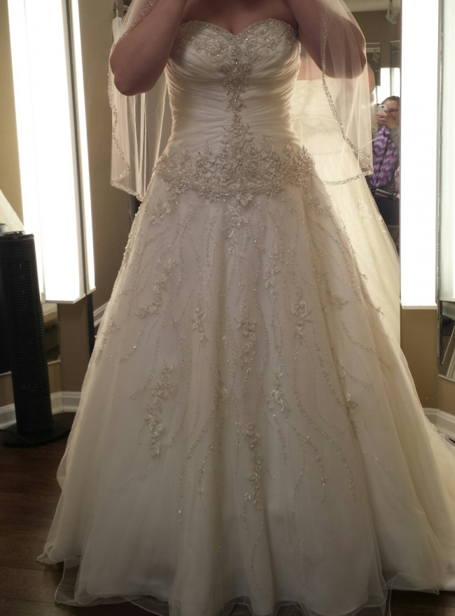 Allure Bridals, 8769