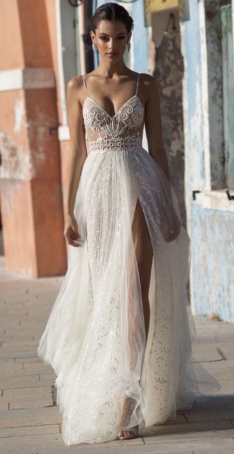 ca3e184413f Gali Karten Hayley Second Hand Wedding Dress on Sale 47% Off - Stillwhite  United Kingdom