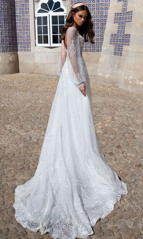 8d6d11c5f979 Milla Nova Adeline Second Hand Wedding Dress on Sale 53% Off - Stillwhite  United Kingdom