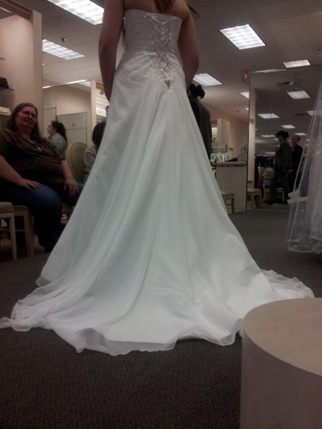 David's Bridal Collection, V9409