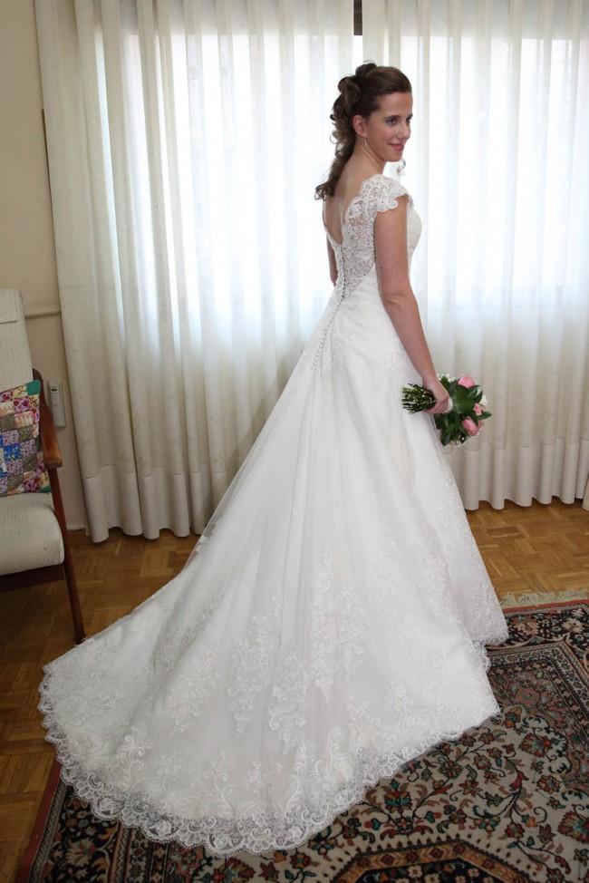 1a80fba769 Daria Karlozi Second Hand Wedding Dress on Sale 61% Off - Stillwhite  Australia