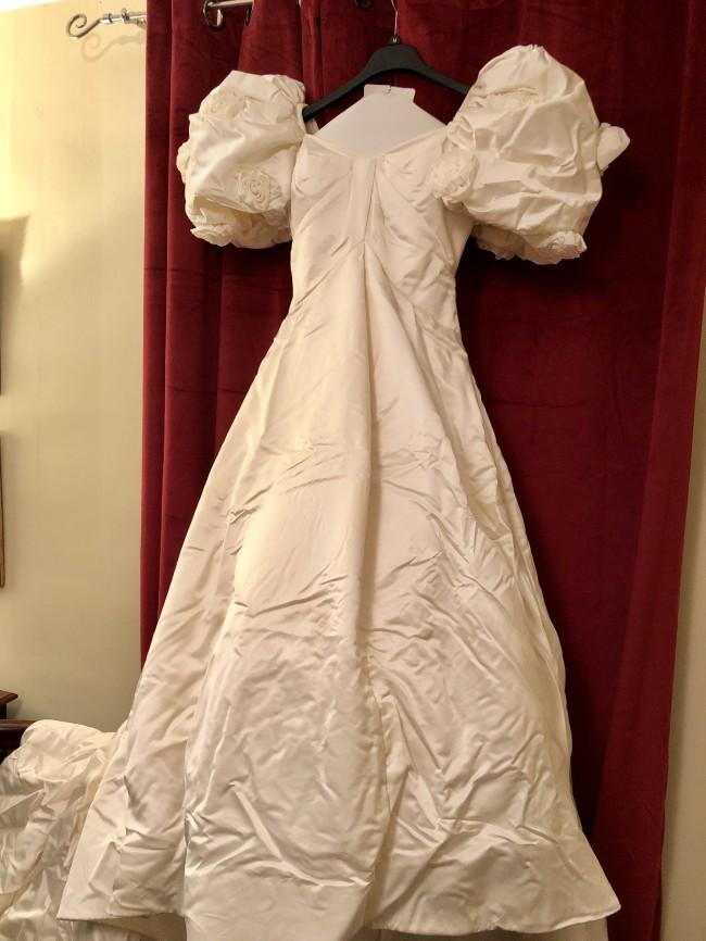 Arnold Scaasi Second Hand Wedding Dress On Sale 79 Off Stillwhite