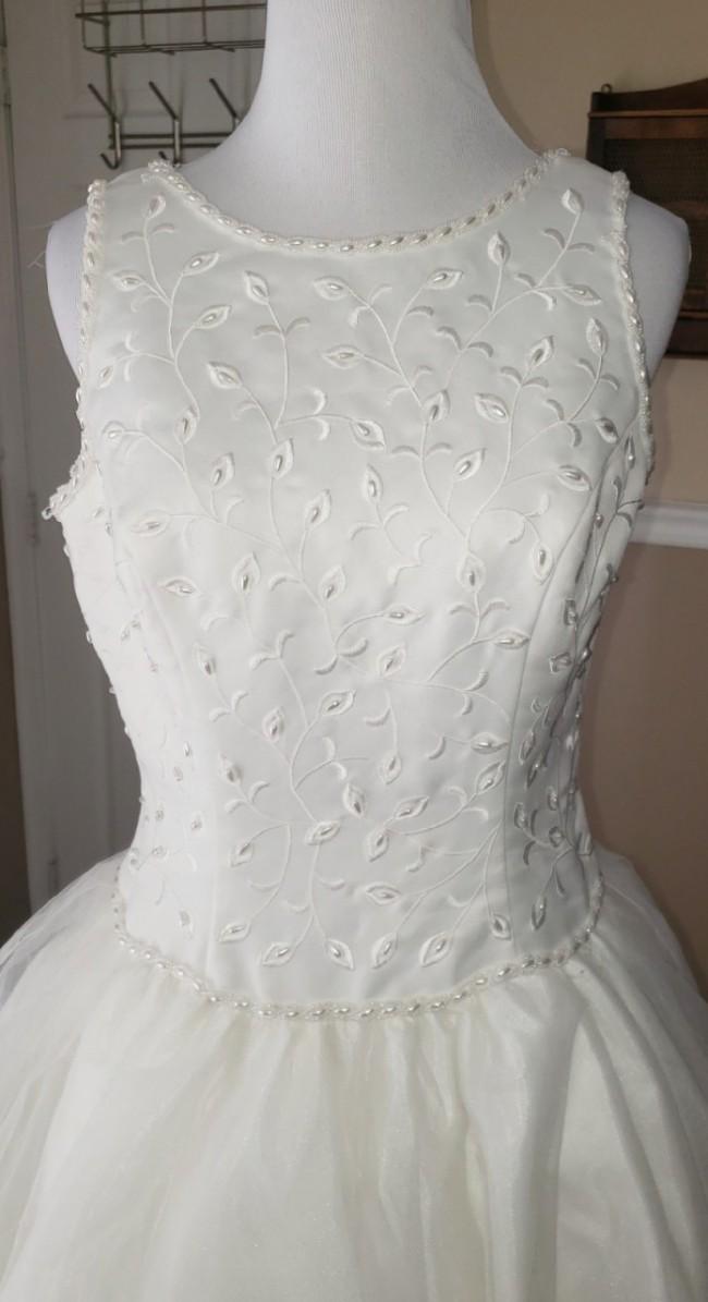 Jacquelin, Jacquelin Bridals Tulle Pearl ballgown