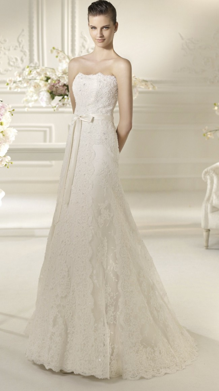 White One, Tamara (Veil Included)