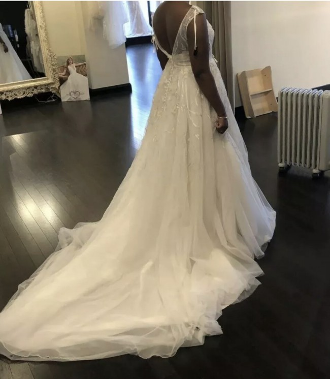 Ellis Bridal 11411FL
