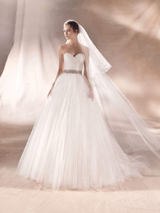 White One, Ball Gown