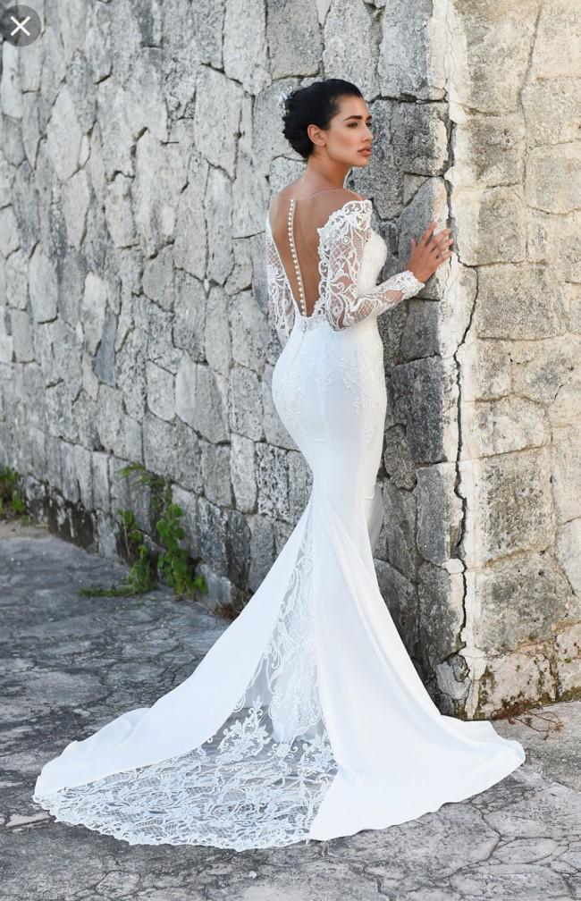 007cbb65e6c3 Dando London Regents Park New Wedding Dress on Sale 48% Off ...