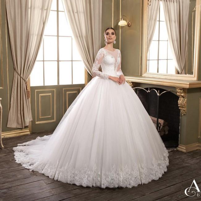 Ardeni Couture, Custom Made