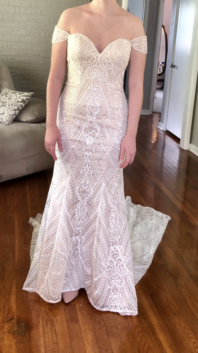 Madeline Gardner, Karissa Wedding Dress