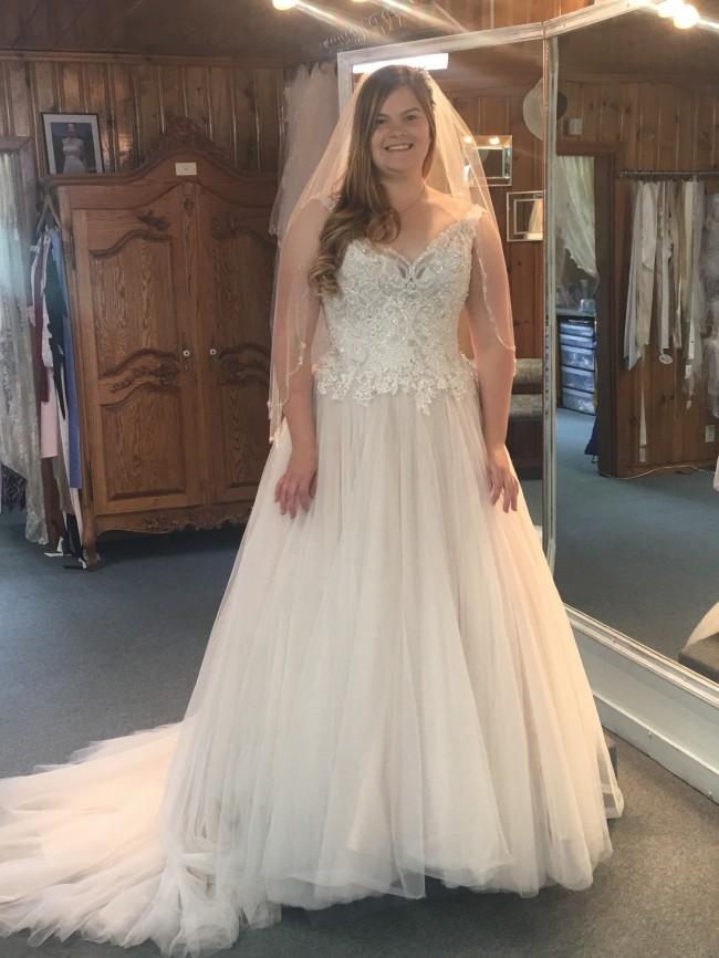 Allure Bridals 2075/3015