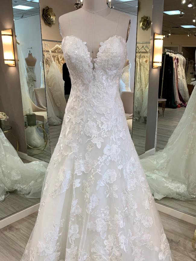 Allure Bridals 9708
