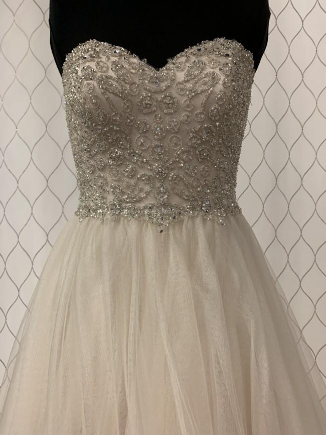 Moonlight Bridal j6353