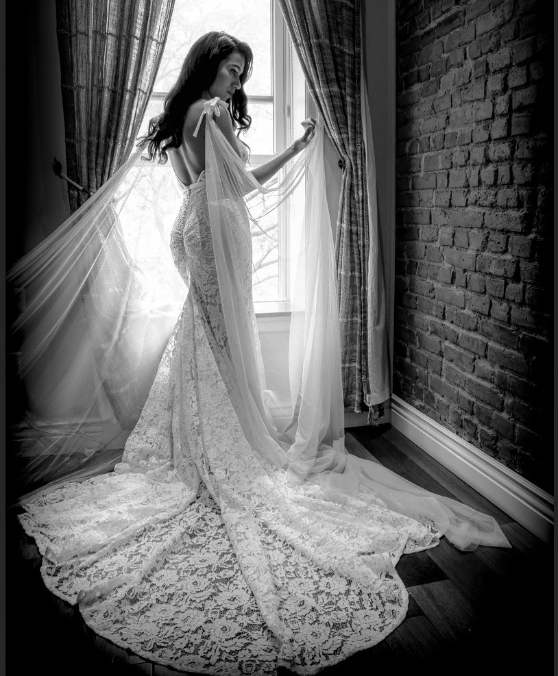 Inbal Dror Wedding Gowns For Sale: Inbal Dror Br-13-05 Preowned Wedding Dress On Sale 69% Off