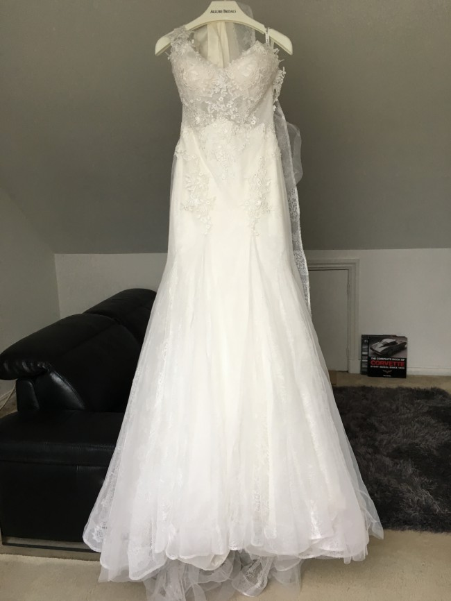 Allure Bridals Mystery feel