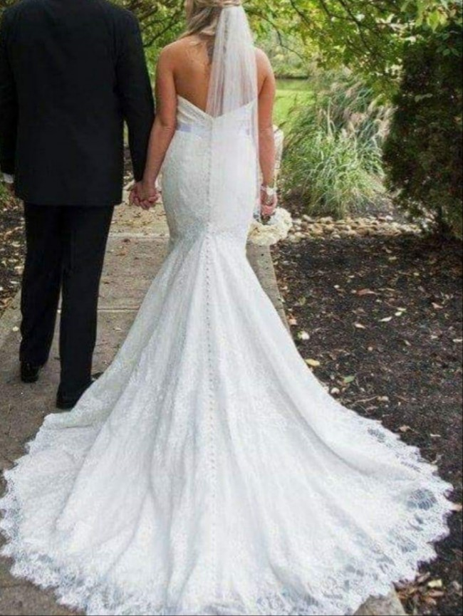 Allure Bridals 2916