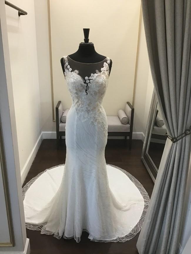 Casablanca Bridal Gia 2341