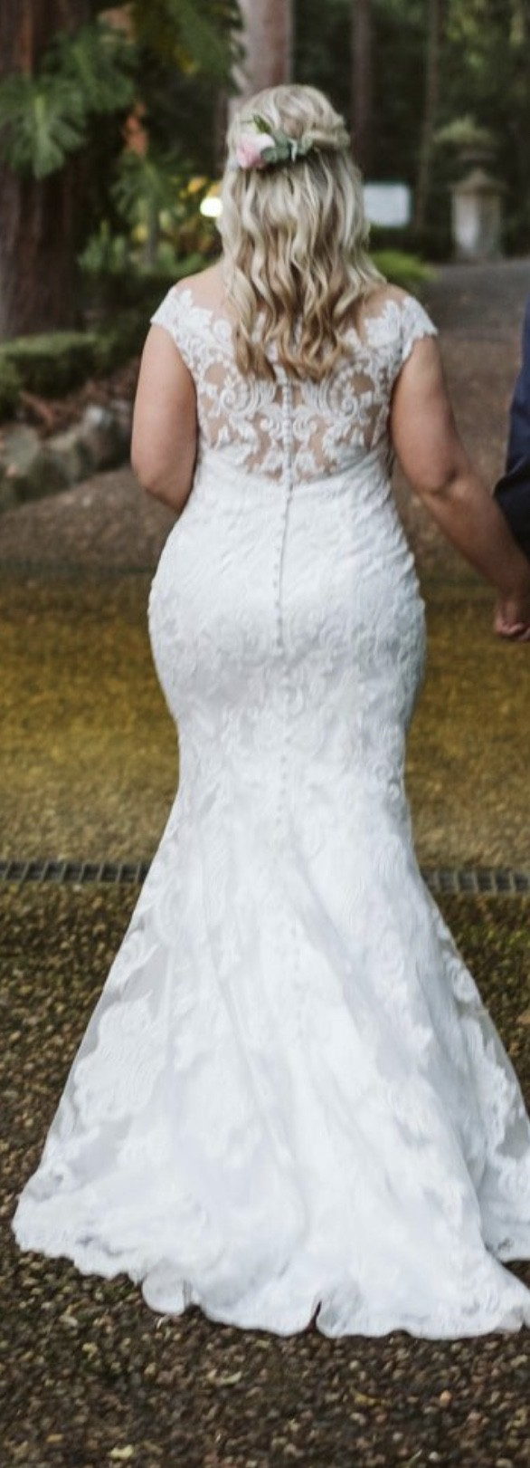 Allure Bridals, 9474