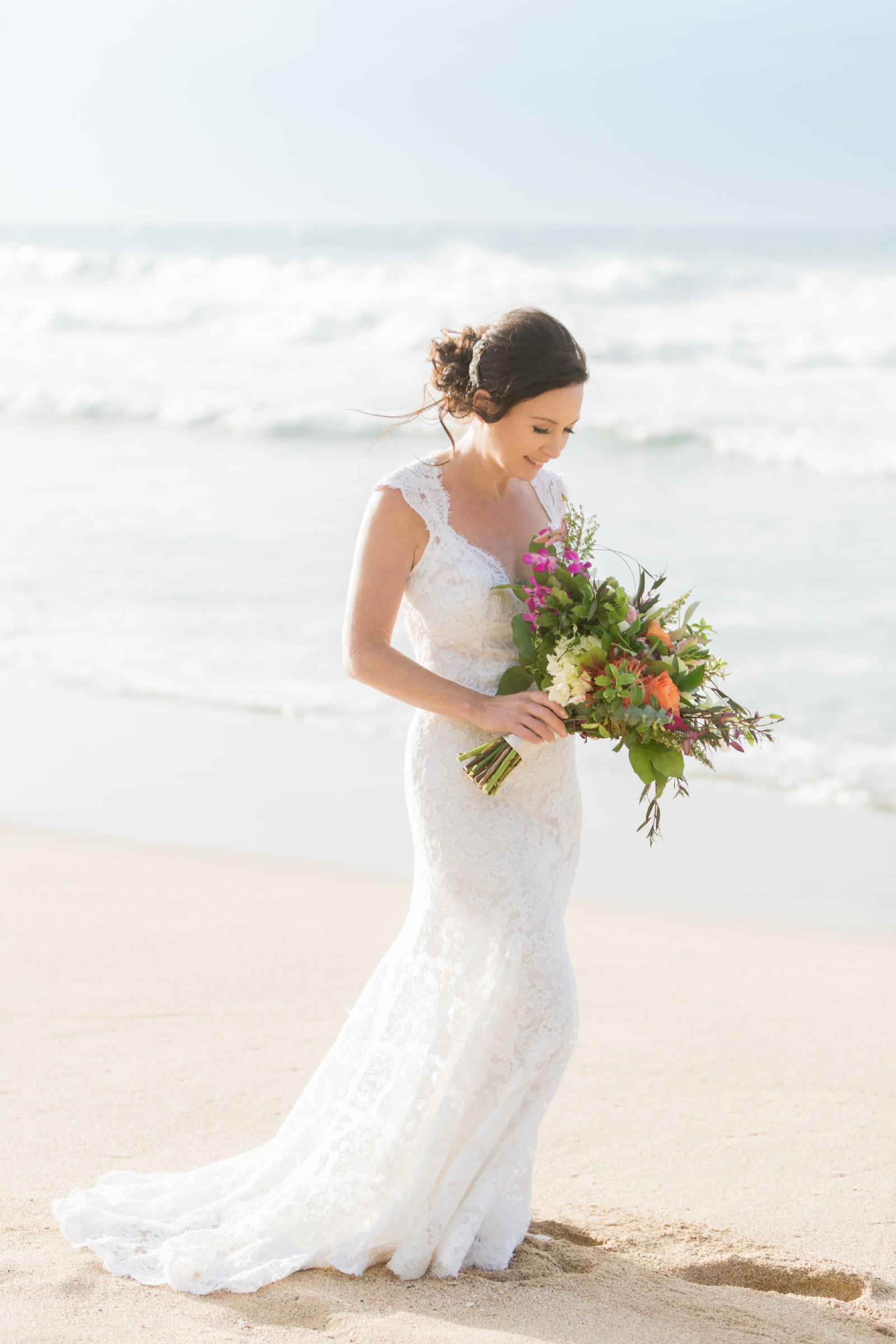 Monique Lhuillier Scarlet Second Hand Wedding Dress Save ...