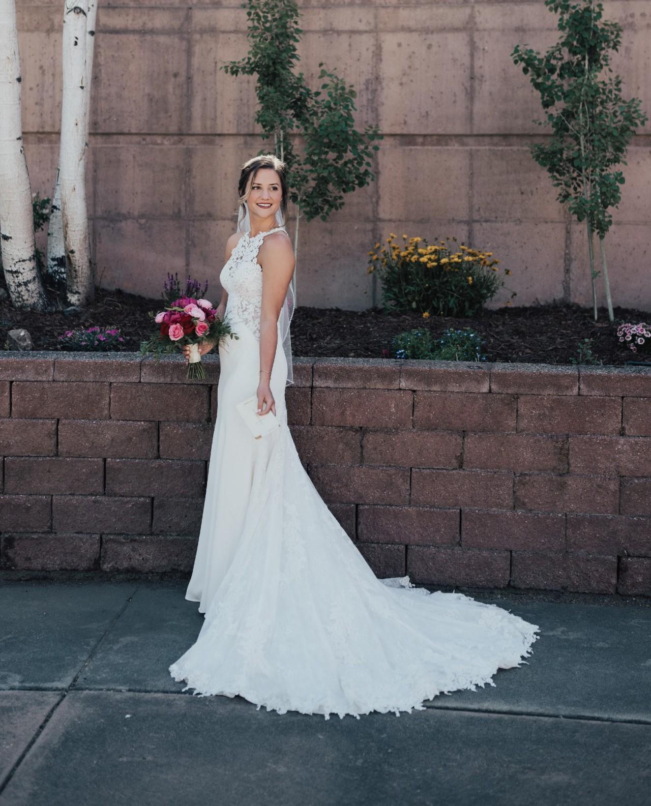 Essense Of Australia D2342 Preowned Wedding Dress Save 46