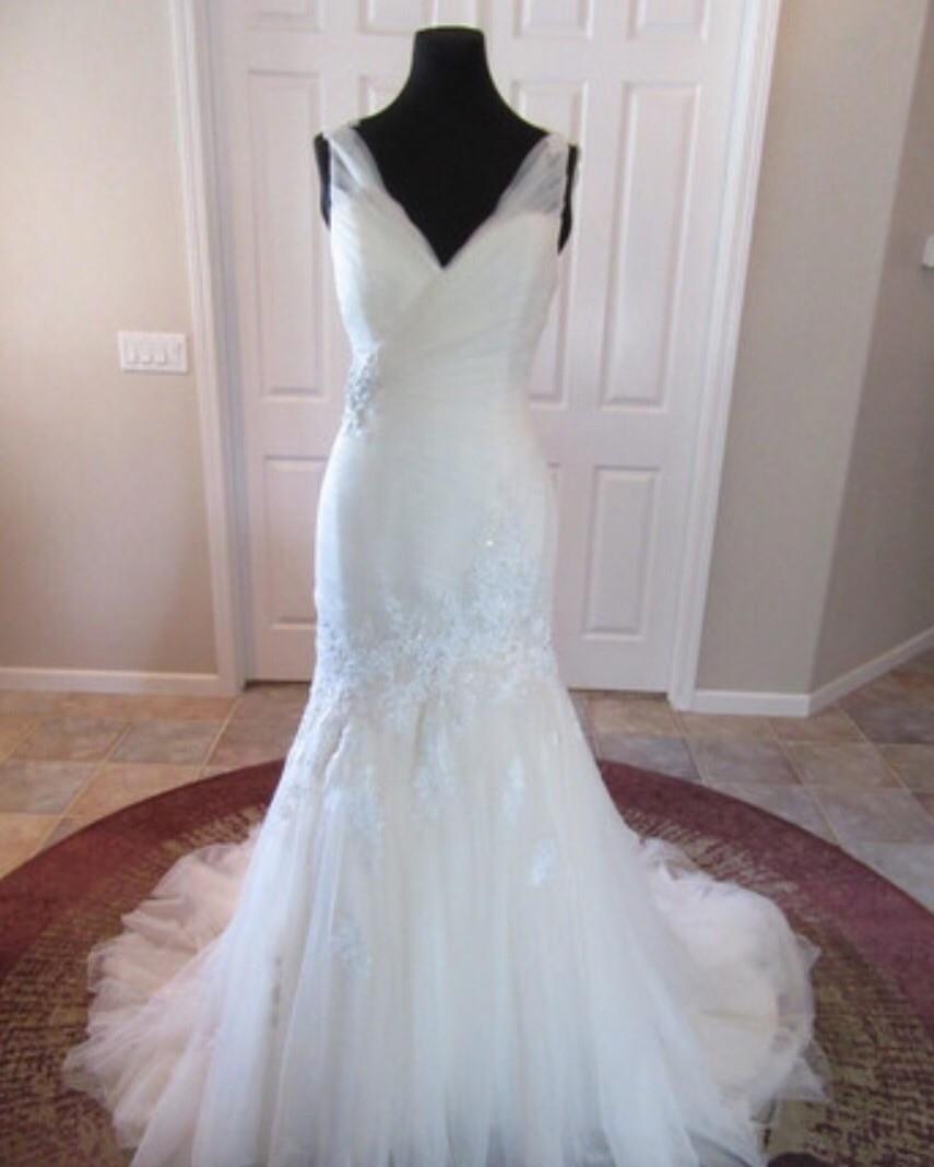 Sophia Tolli Olenna New Wedding Dress On Sale 60% Off