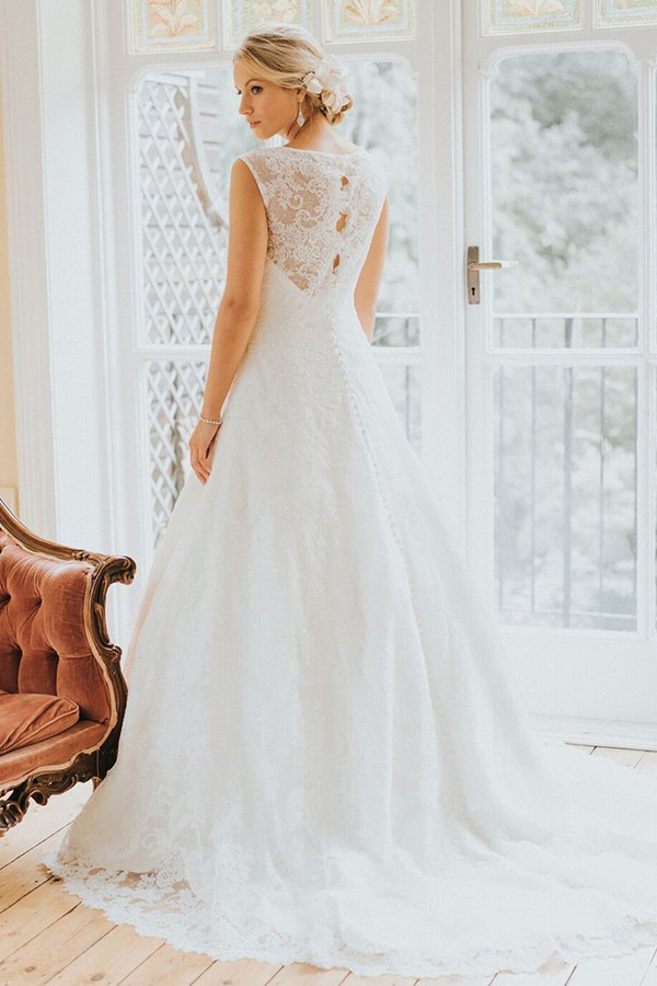 White Rose Bridal R1020