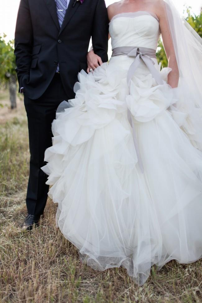 844982f06d6 Vera Wang Hayley Second Hand Wedding Dress on Sale 48% Off ...