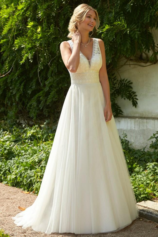 Romantica of Devon Blanche