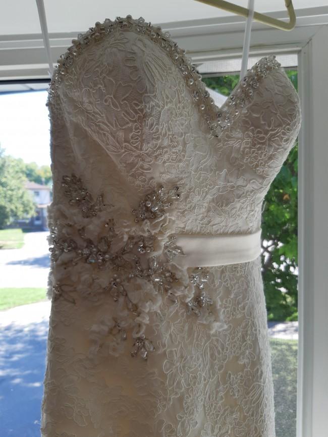 Allure Bridals 2501